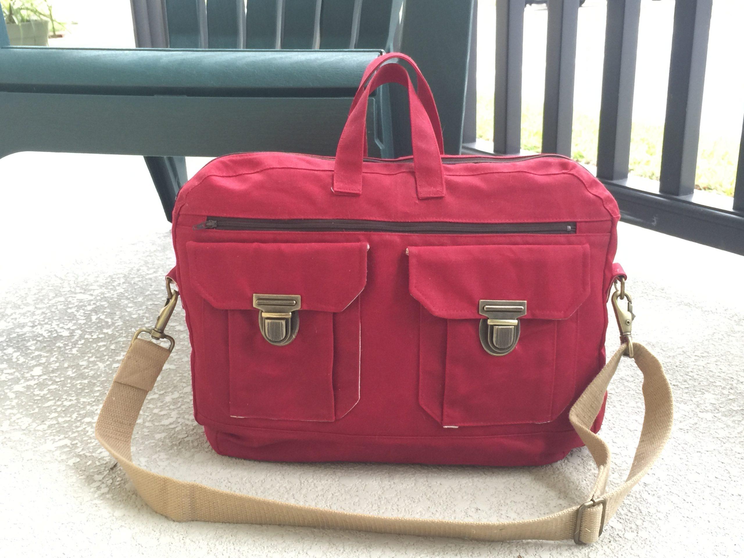 February's Bag of the Month Revealed! The Ravenwood Messenger Bag